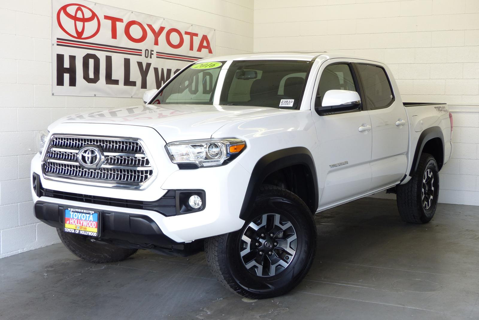 2016 Toyota Tacoma For Sale >> Pre Owned 2016 Toyota Tacoma Trd Off Road Crew Cab Pickup In