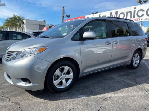 Certified Pre-Owned 2016 Toyota Sienna 5dr 8-Pass Van LE FWD
