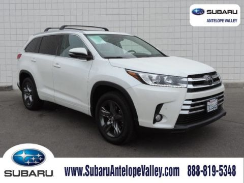 Pre-Owned 2017 Toyota Highlander Limited Platinum V6 FWD